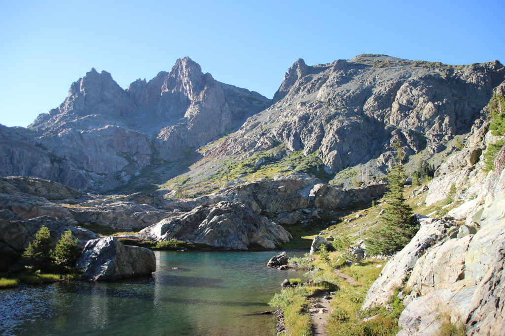 Mammoth Lakes backpacking